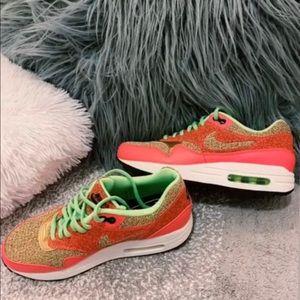 Women's Nike Air Max 1 SE 'Ghost Green'